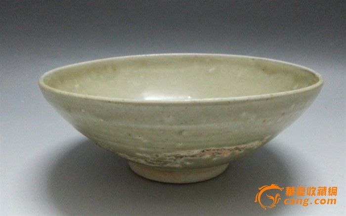 宋代青釉大瓷碗