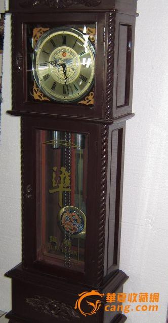 老式精美座钟图片