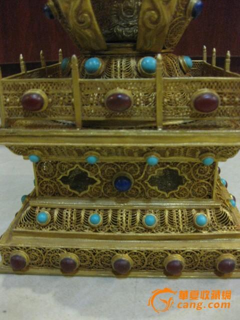 银鎏金镂空佛像舍利塔