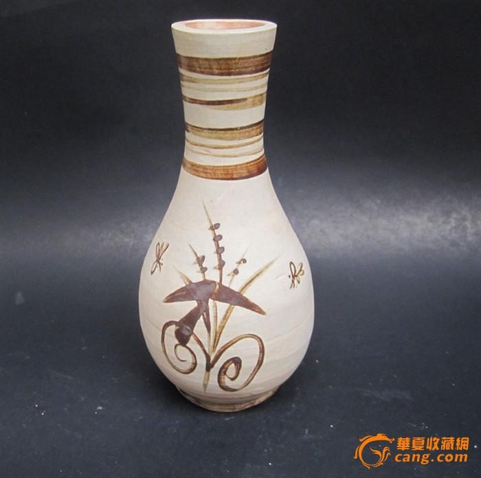 简单手绘陶瓷瓶