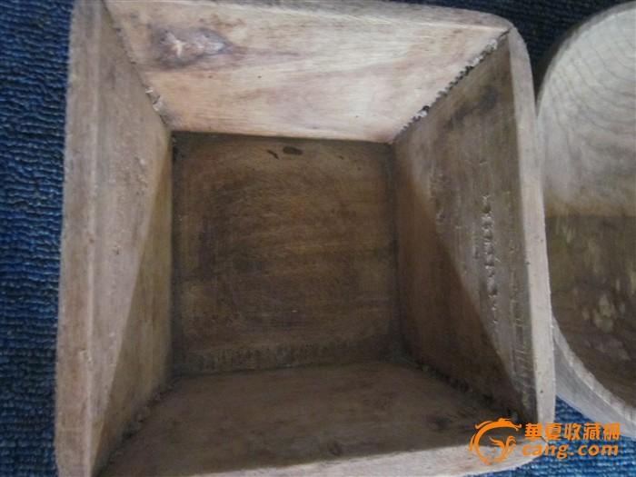 文革农家香樟木制米升高9cm宽16cm呈方形木骨连接,水瓢整体修制连柄
