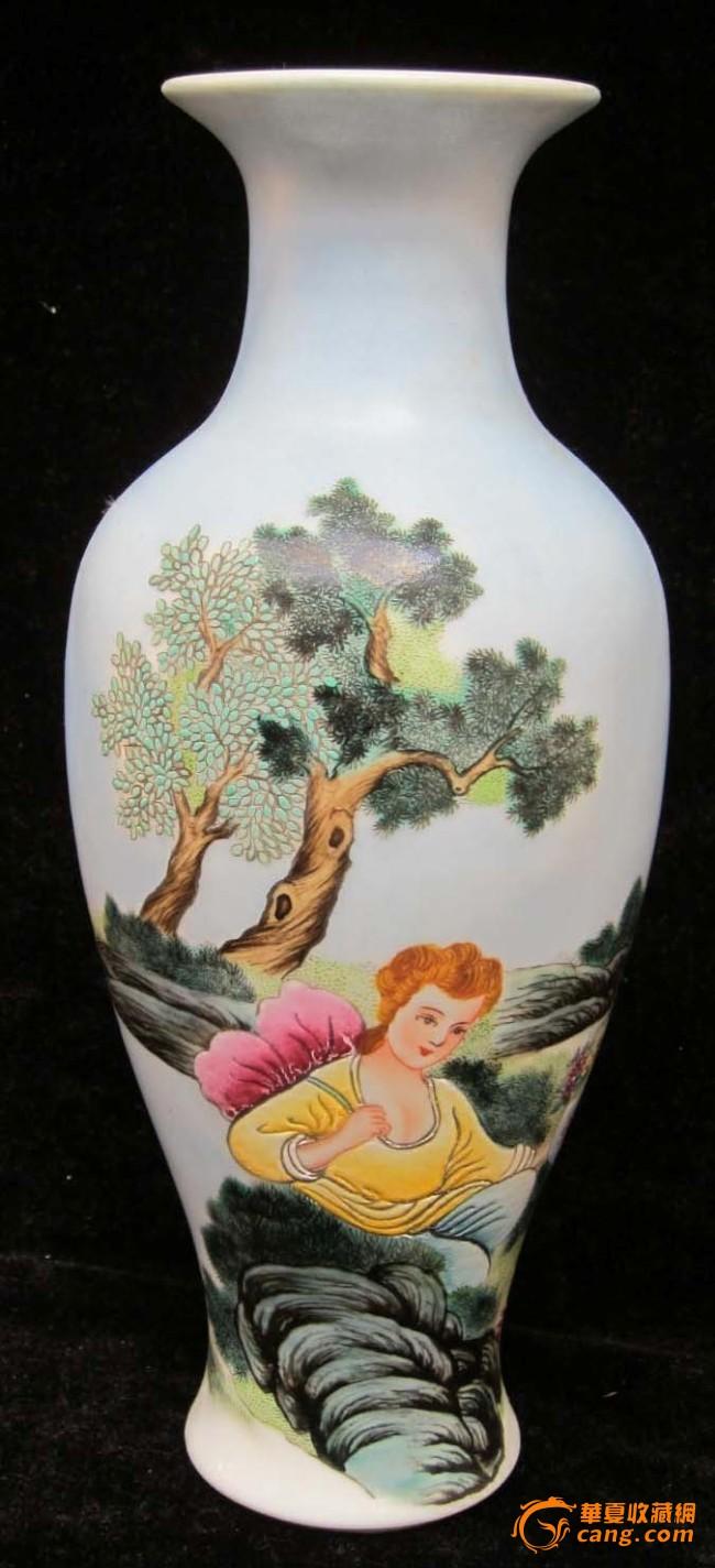 珐琅彩瓷器人物花瓶