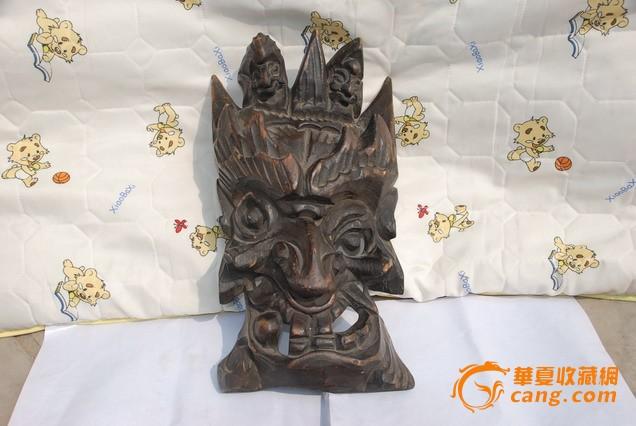 古代海南多民族供奉木雕神像
