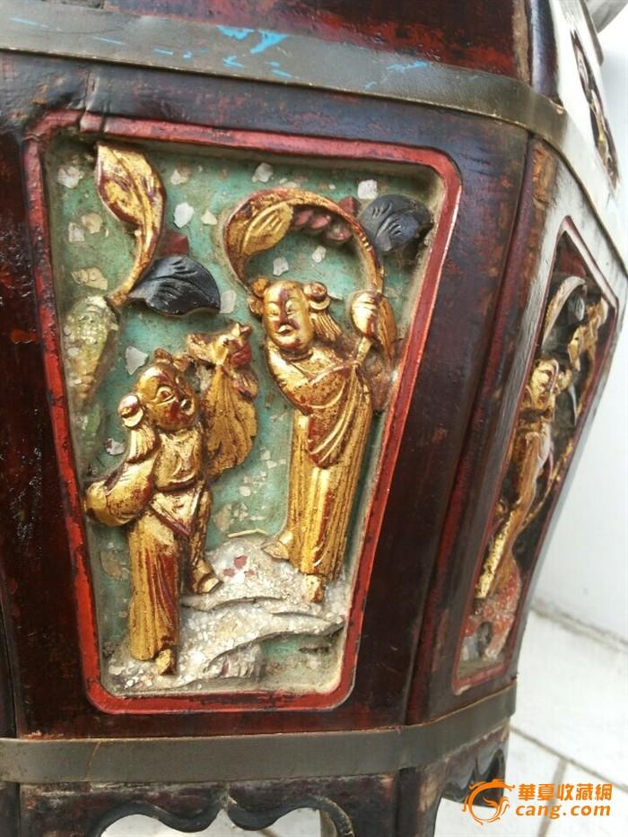 雕工精美的古代茶壶桶