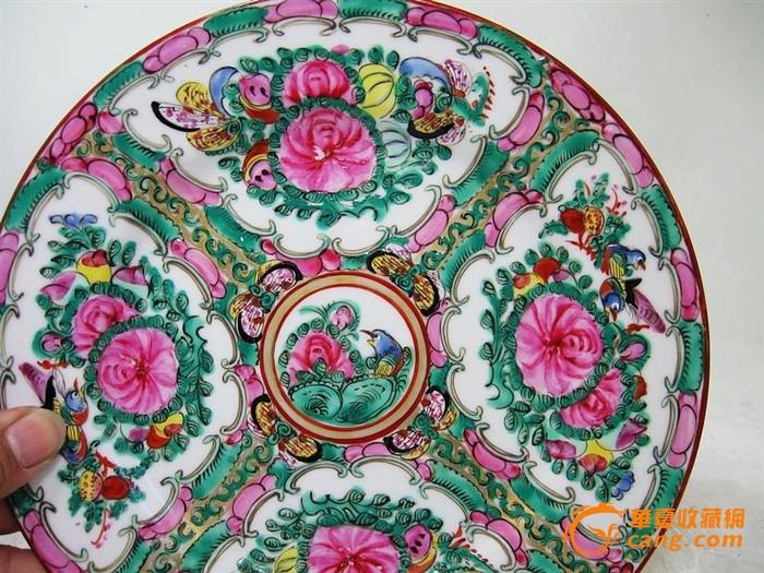 清代广彩蝴蝶绘画盘图片