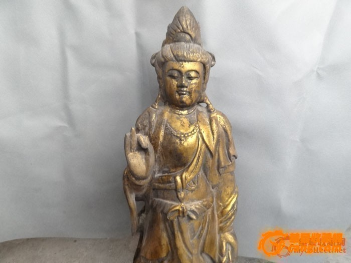 清代鎏金木雕观音像