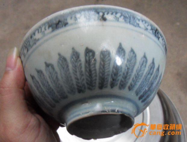 明代瓷器 明代青花手绘莲花纹饰海螺碗