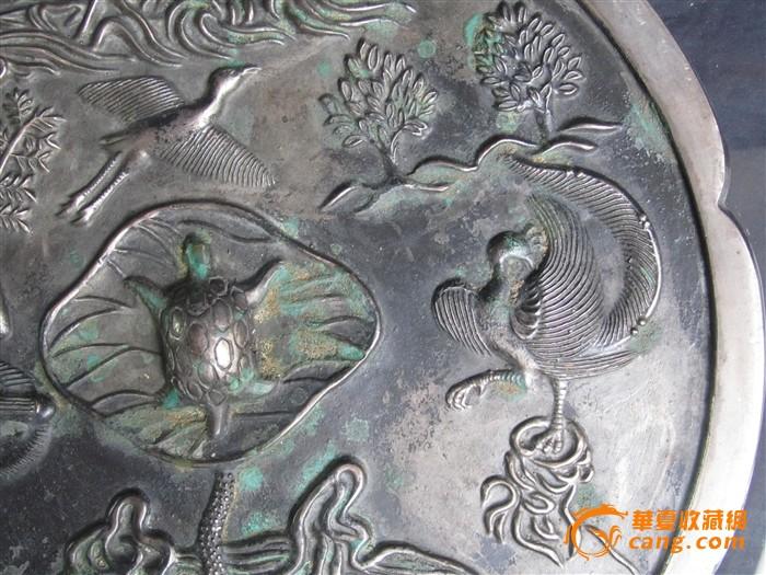 唐代青铜花鸟人物纹花边龟钮镜直径40厘米重5800克