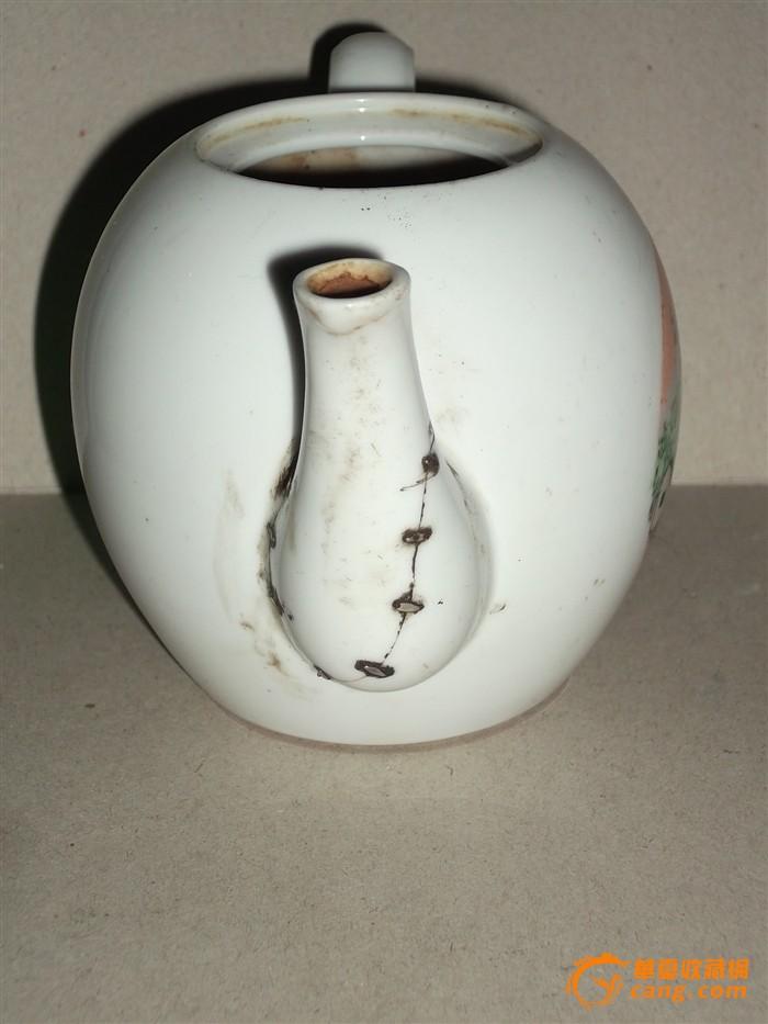 地摊 陶瓷 其它 文革时期醴陵瓷手绘茶壶一把,无盖,品相如图,包老包