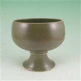 茶叶末釉瓷高脚杯