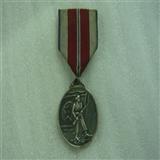 抗美援朝纪念章带扉子站人银质的