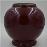 康熙年代红釉窑变赏瓶,瓶体
